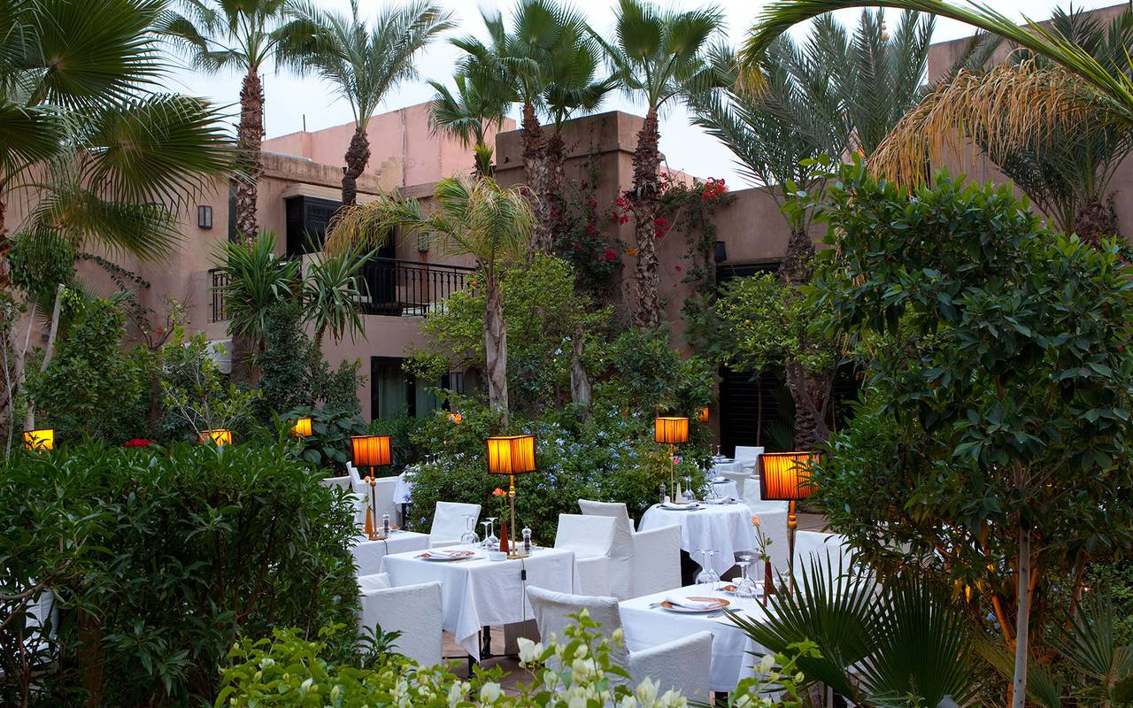 beautiful moroccan terrace restaurant